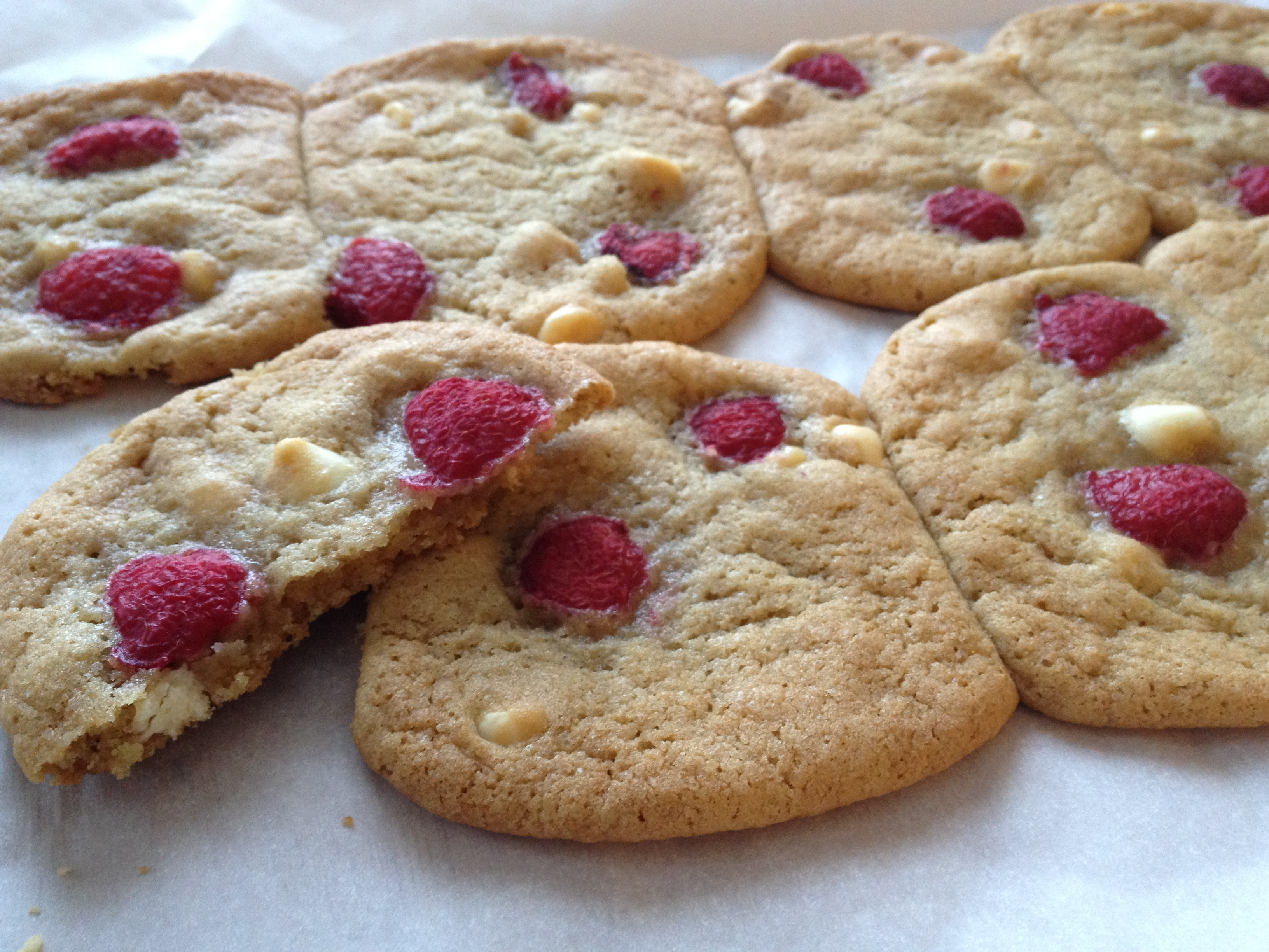 White Chocolate Raspberry Cookies | Ash-Bea Style