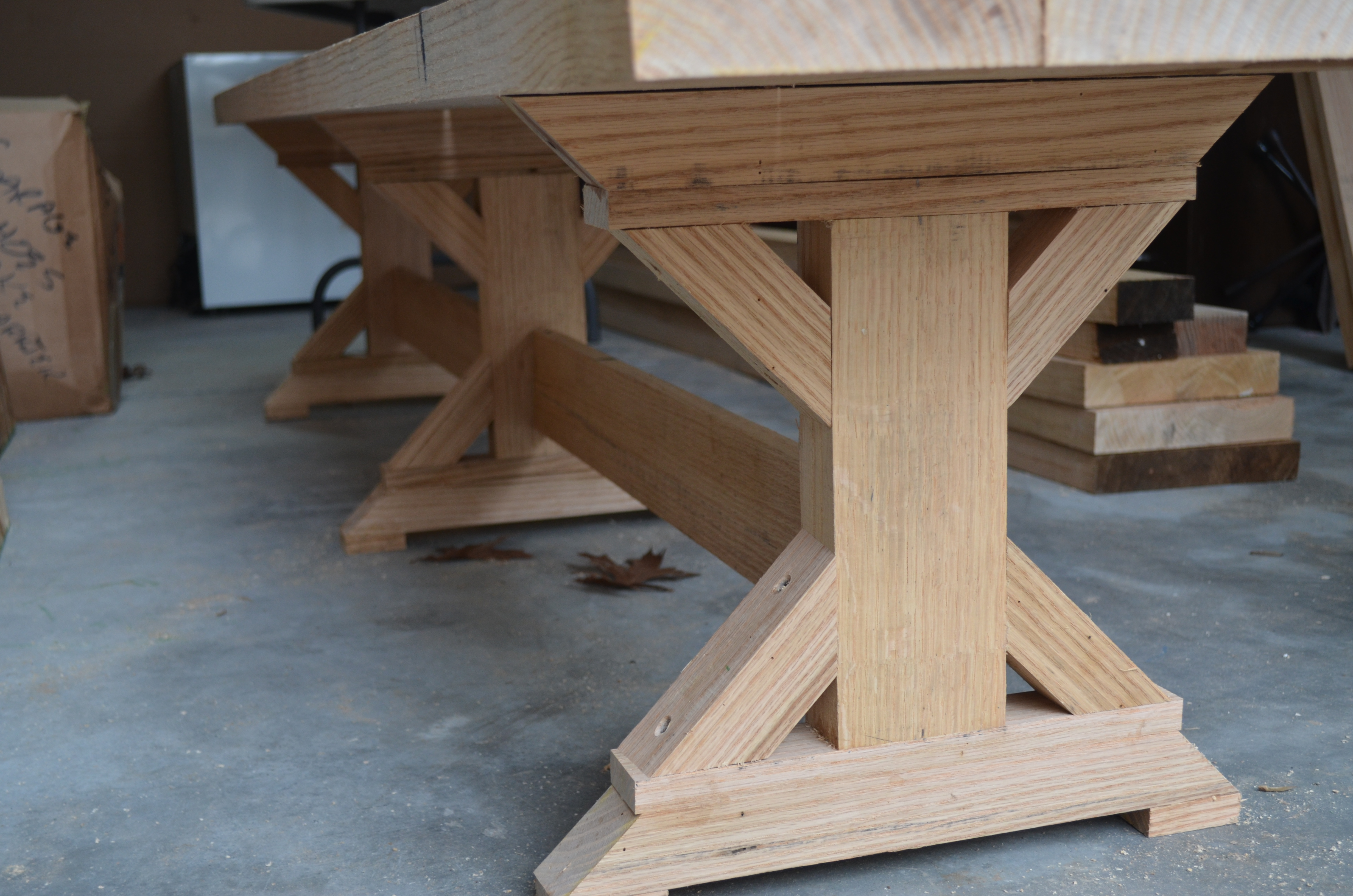 Photo Trestle Legs For Dining Table Images